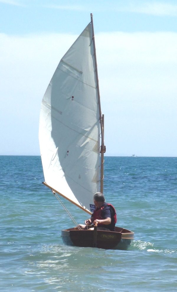 Under sail - Foster 10 Sailing Dinghy